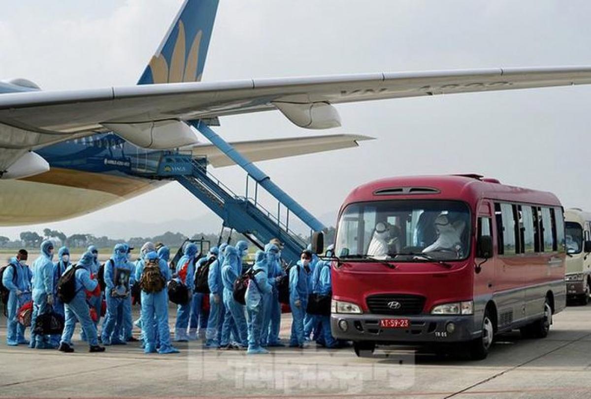 Văn phòng Chính phủ vừa có công văn truyền đạt ý kiến của Thủ tướng Chính phủ về việc thực hiện chuyến bay đưa công dân Việt Nam ở nước ngoài về nước giai đoạn Quý I năm 2021.