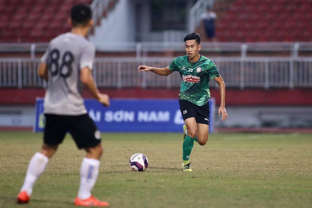 Trung vệ: Trần Đình Khương - Tuyển thủ U22 Việt Nam dưới thời HLV Nguyễn Hữu Thắng