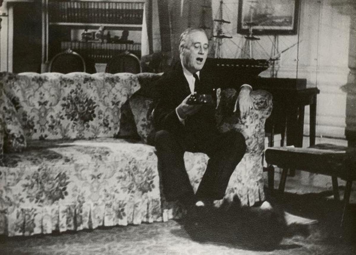 Đệ nhất thú cưng thời Tổng thống Franklin D. Roosevelt là chú chó có tên Fala (1943).