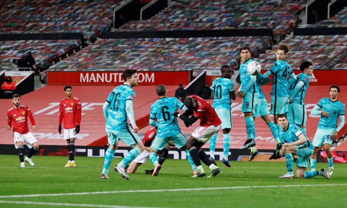 Mohamed Salah rất tốt, nhưng Bruno Fernandes rất tiếc. Ngôi sao người Bồ Đào Nha tung cú đá phạt hiểm hóc mang về chiến thắng 3-2 cho Quỷ đỏ ở phút 78.
