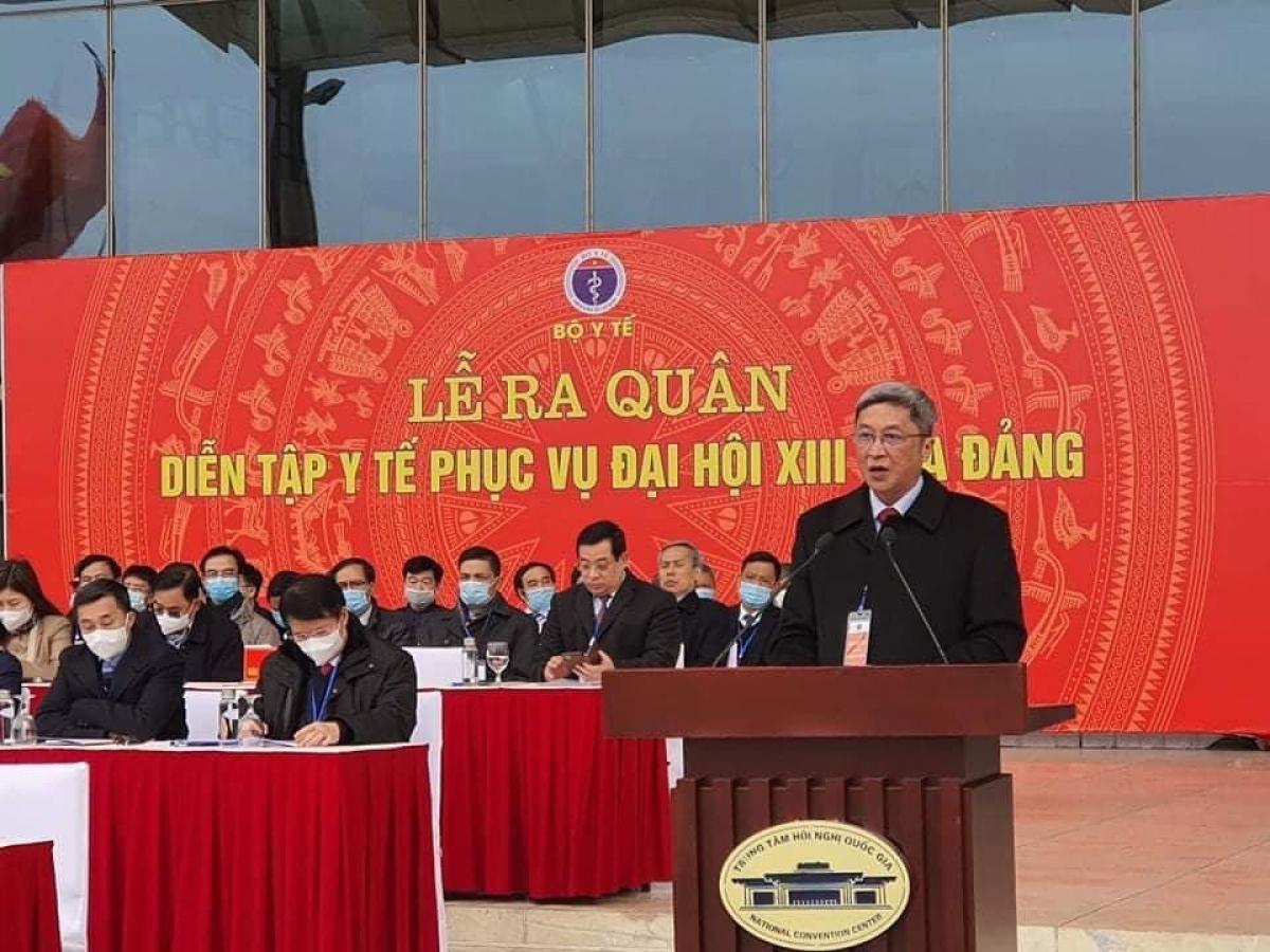 Thứ trưởng Nguyễn Trường Sơn tại lễ xuất quân, diễn tập phục vụ Đại hội Đảng của Bộ Y tế. (Ảnh: VGP)