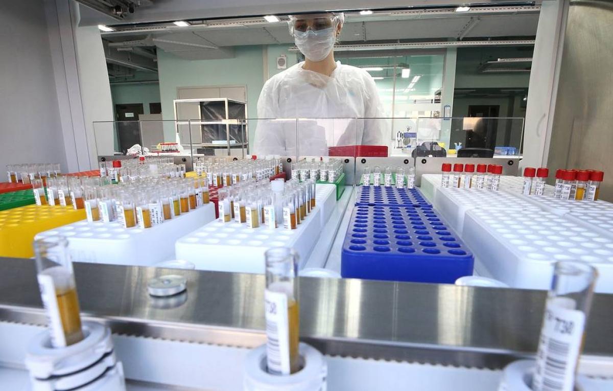 Nga nghiên cứu loại vaccine theo công nghệ mới để ngừa Covid-19 (Ảnh: Tass)
