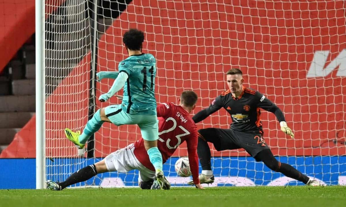 Mohamed Salah níu kéo hy vọng cho Liverpool với bàn gỡ hòa 2-2 ở phút 58.