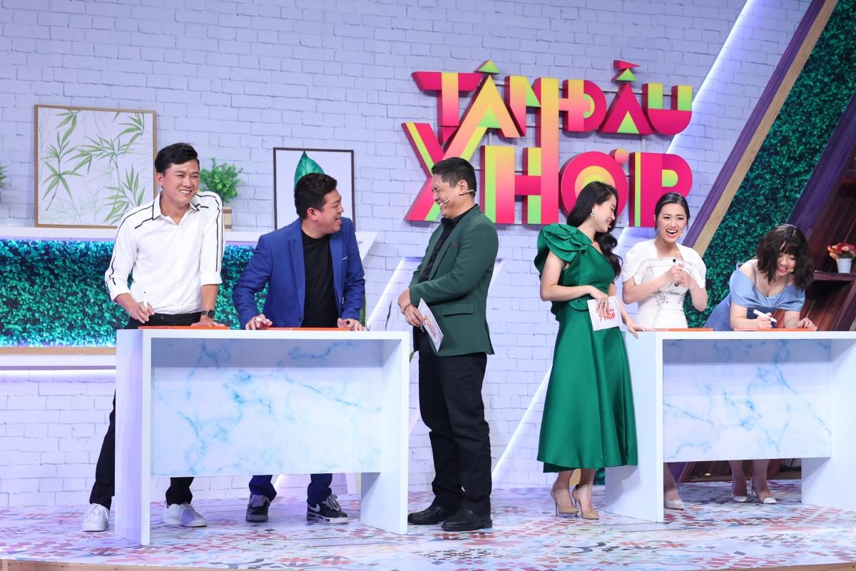 Hai cặp khách mời nghệ sĩ hài Quách Ngọc Tuyên - Thảo Hân và Tân Trề - Khánh Uyên