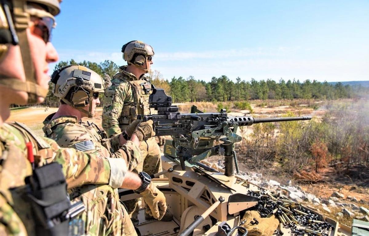 Quân đội Mỹ đang tìm ứng viên thay thế súng trung liên M2; Nguồn: businessinsider.com