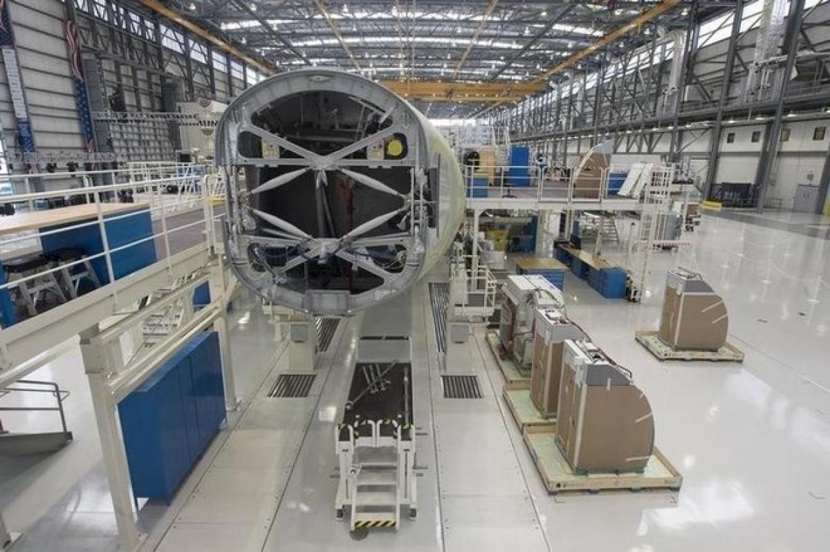 Một chiếc Airbus A321 đang được lắp ráp tại dây chuyền của Airbus ở thành phố Mobile, Alabama (Mỹ). Ảnh: Reuters