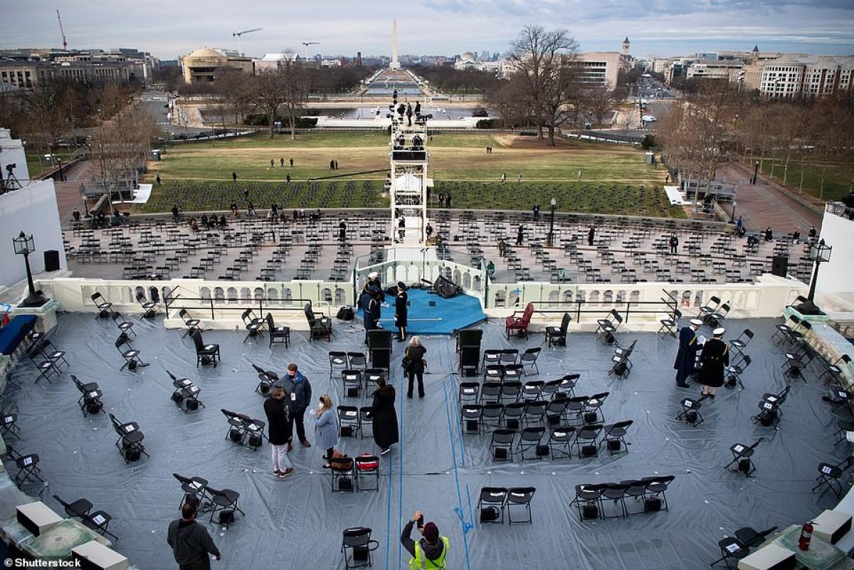 Khu vực nơi tân tổng thống sẽ tuyên thệ nhậm chức ở phía trước Điện Capitol. Ảnh: Shutterstock