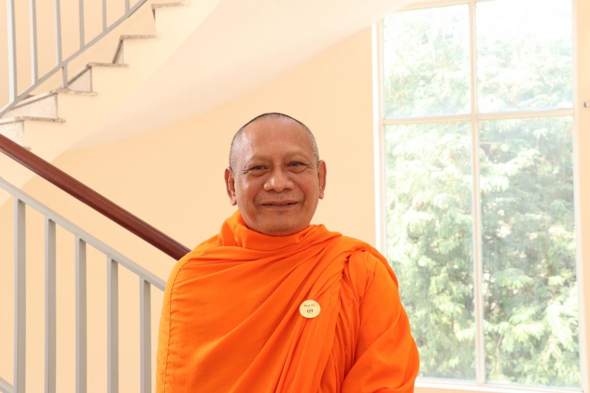 """Hòa thượng Danh Lung, trụ trì chùa Chantarangsey, quận 3, TPHCM: """"Đảng sẽ chọn được những người sáng suốt, có tầm, tâm huyết đối với sự phát triển của đất nước, của dân tộc""""."""