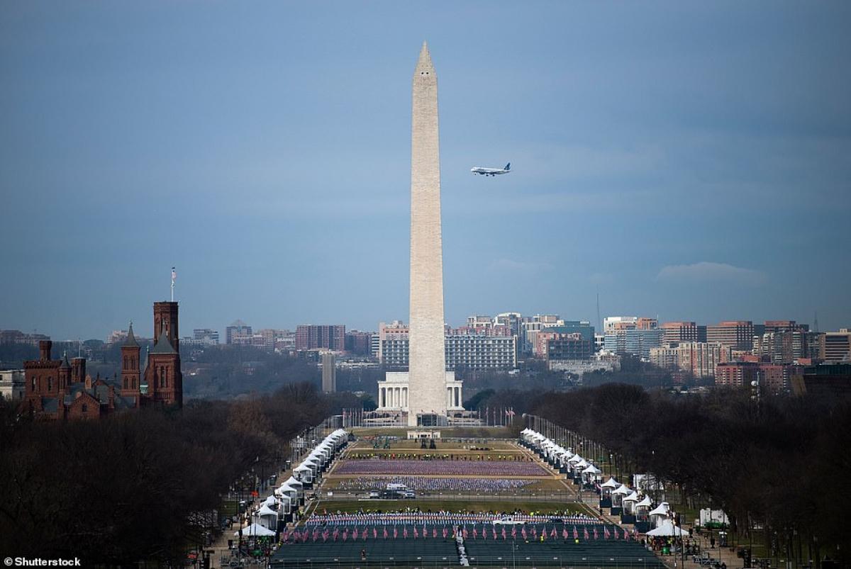 Giới chức đã lùi thời điểm tổng duyệt lại một ngày lo ngại an ninh sau cuộc bạo loạn tại Điện Capitol hôm 6/1. Ảnh: Shutterstock