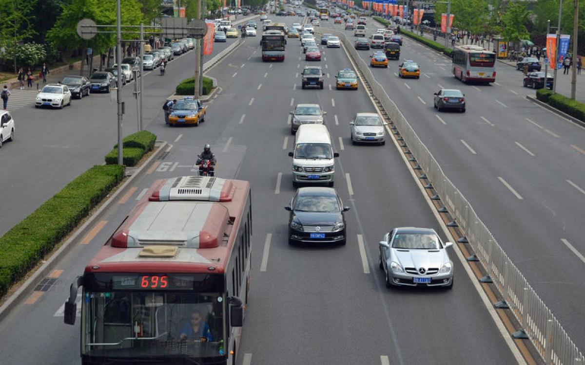 9-beijing-traffic-ronan-glon_0_0.jpg