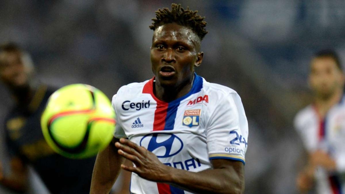 Mapou Yanga-Mbiwa (Kết thúc hợp đồng với Lyon từ ngày 1/7/2020)