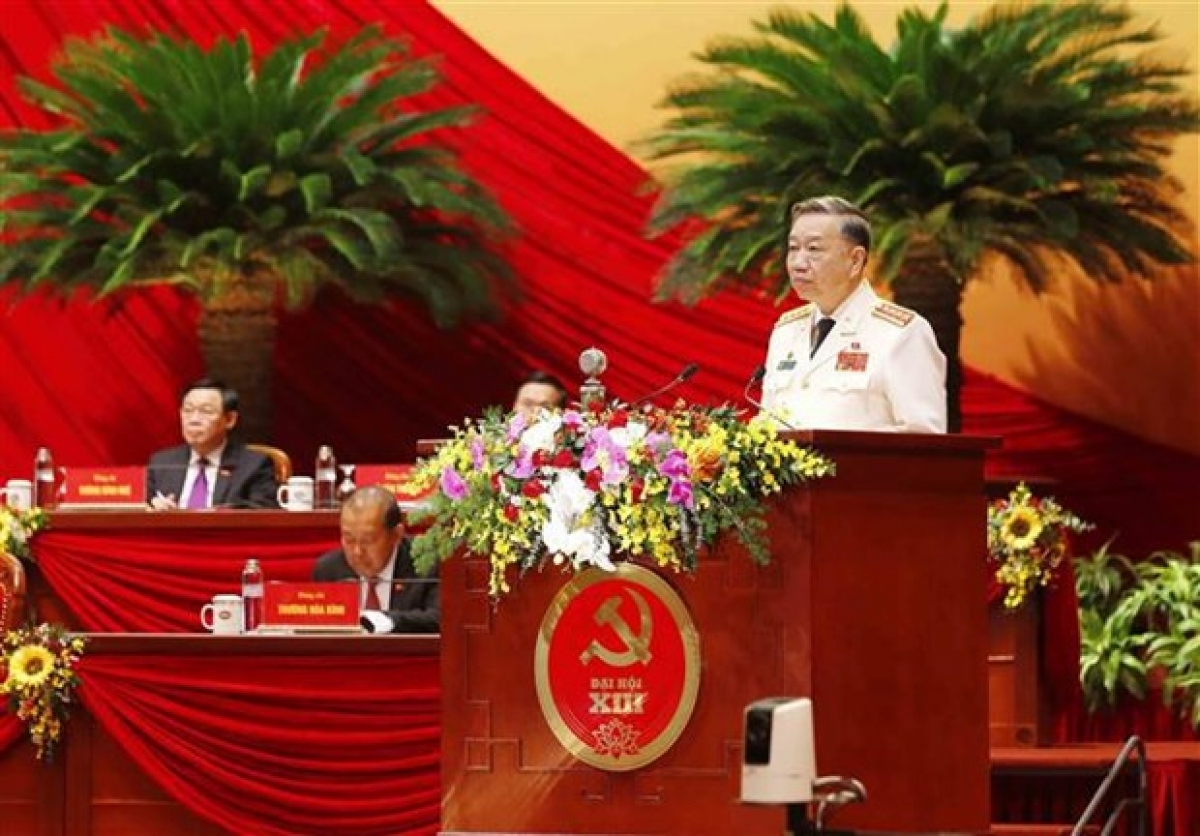 Gen. To Lam, Politburo member, Secretary of the Central Public Security Party Committee, and Minister of Public Security, delivers a speech at the congress on January 27 (Photo: VNA)