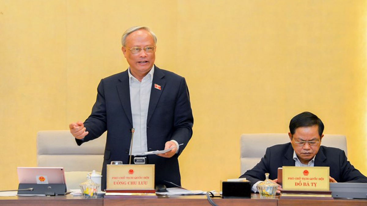 Phó Chủ tịch Quốc hội Uông Chu Lưu phát biểu tại phiên họp 52 của Uỷ ban Thường vụ Quốc hội