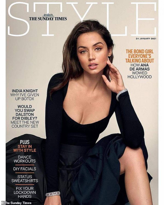 Ana de Armas tái xuất nóng bỏng trên trang bìa tạp chí The Sunday Times Style số tháng 1/2021.