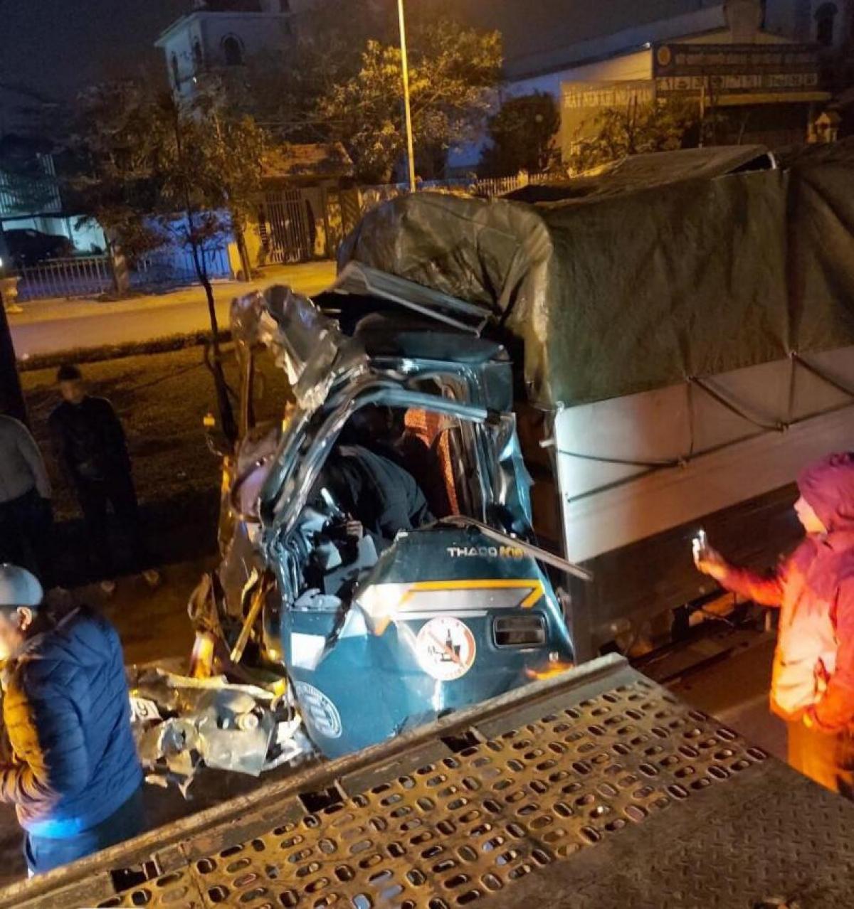 Vụ tai nạn khiến tài xế xe tải tử vong tại chỗ