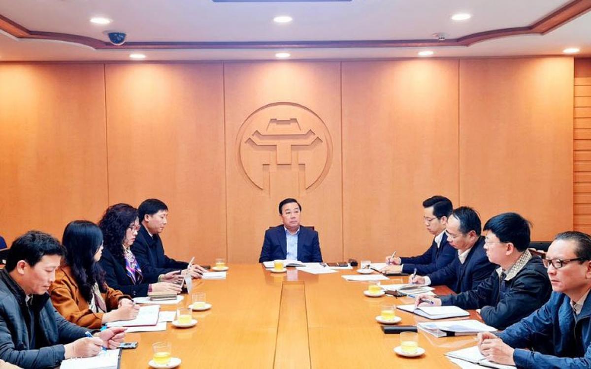 UBND Thành phố giao Sở Thông tin và Truyền thông chủ trì, phối hợp Văn phòng UBND Thành phố tham mưu xây dựng quy chế về việc tổ chức họp báo, cung cấp thông tin cho báo chí.