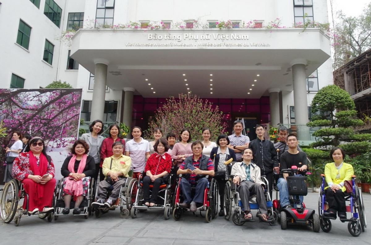Bảo tàng Phụ nữ Việt Nam (Hà Nội) là một trong những điển hình tốt về khả năng tiếp cận cho người khuyết tật.