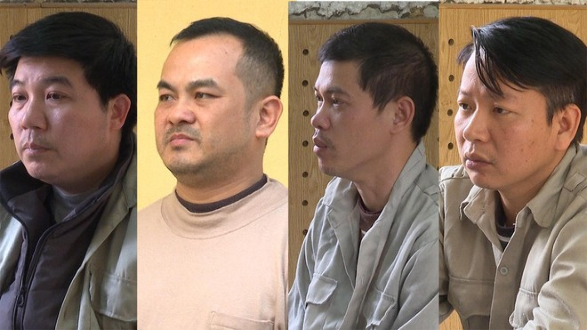 Bị can Vi Ngọc Khang (ngoài cùng bên trái) và 3 bị can là thuộc cấp. (Ảnh: Công an cung cấp)