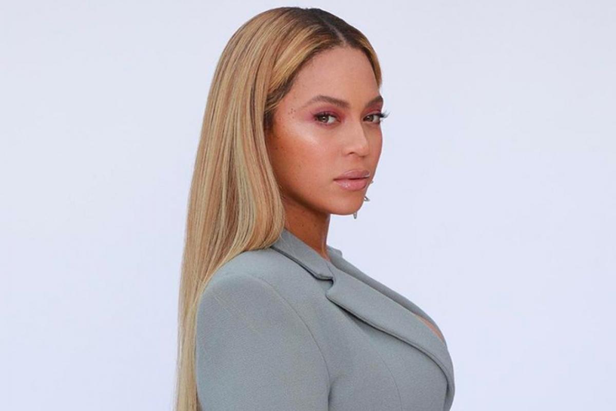 Ca sỹ Beyoncédẫn đầu đề cử Grammyvới 9 hạng mục.
