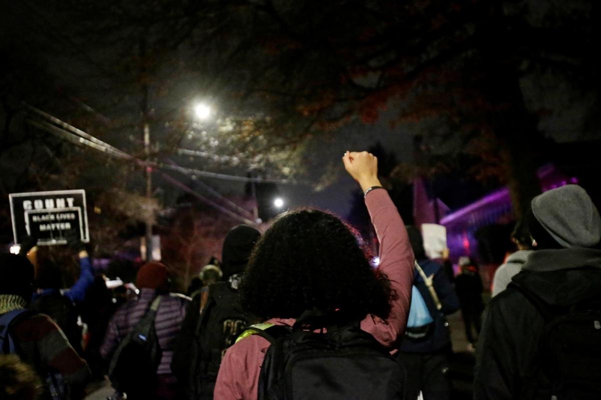 Biểu tình ở Portland, bang Oregon. Ảnh: Reuters