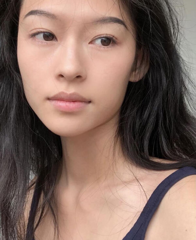 Trên trang cá nhân của mình, Minh Hà cũng bày tỏ sự bất ngờ khi nhận được sự quan tâm của truyền thông Trung Quốc.