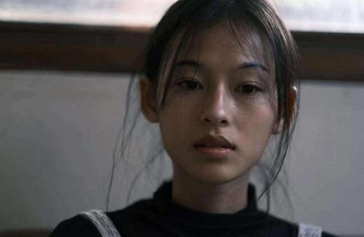 """Nguyễn Minh Hà hiện đang là người mẫu tự do.Cô từng xuất hiện trong MV """"Anh luôn là lý do"""" của nam ca sĩ Erik."""