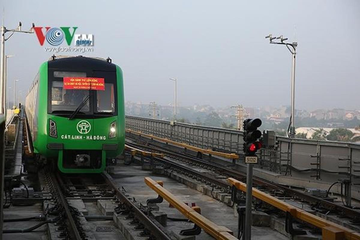 Bộ GTVT kiến nghị biện pháp tháo gỡ vướng mắc dự án đường sắt Cát Linh - Hà Đông.