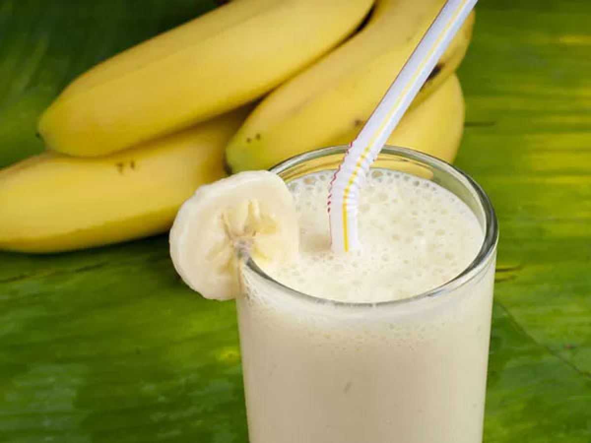 Chuối và sữa: Kali có trong chuối và các enzyme có trong sữa khi kết hợp với nhau có thể mang độc tính, cản trở quá trình tiêu hóa và làm chậm tư duy.