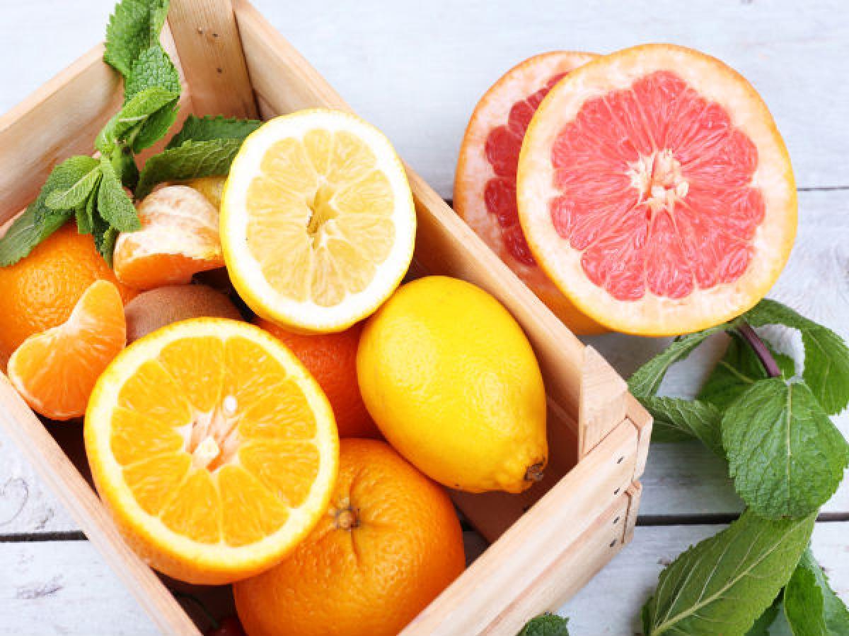 Trái cây ngọt và trái cây chua: Axit có trong các loại trái cây chua như chanh hay cà chua làm chậm quá trình tiêu hóa đường trong cái trái cây ngọt như chuối, đu đủ hay nho khô, từ đó có thể dẫn đến hiện tượng lên men.