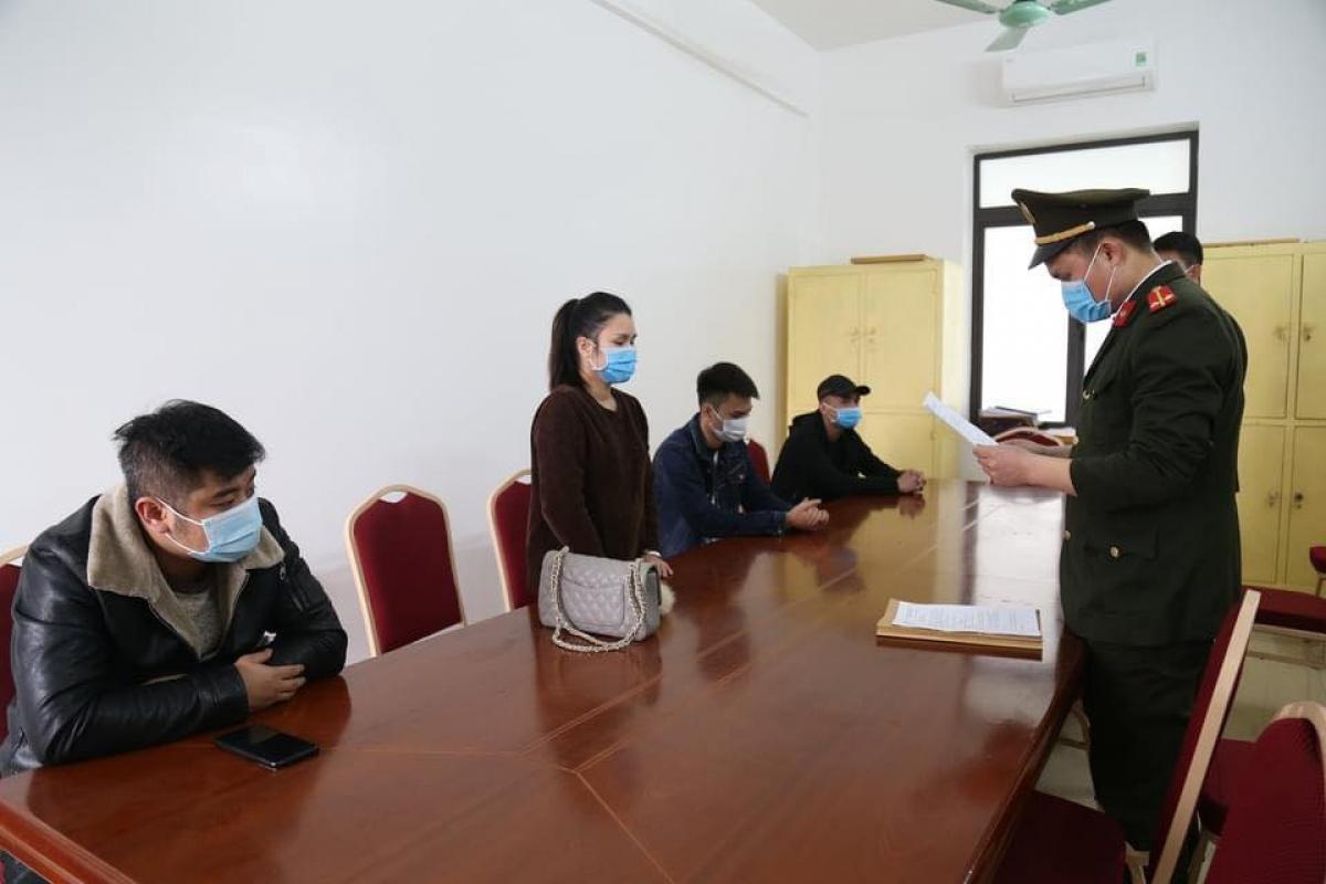 Công An thị xã Đông Triều đã hoàn tất hồ sơ trình UBND thị xã ra Quyết định xử phạt vi phạm hành chính đối với mỗi trường hợp số tiền là 25 triệu đồng.