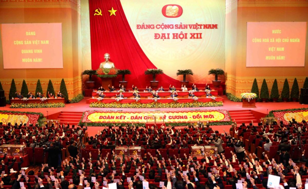 Đại hội XII của Đảngđã gần kết thúc với nhiều dấu ấn nổi bật trên mặt trận đấu tranh chống tham nhũng, tiêu cực