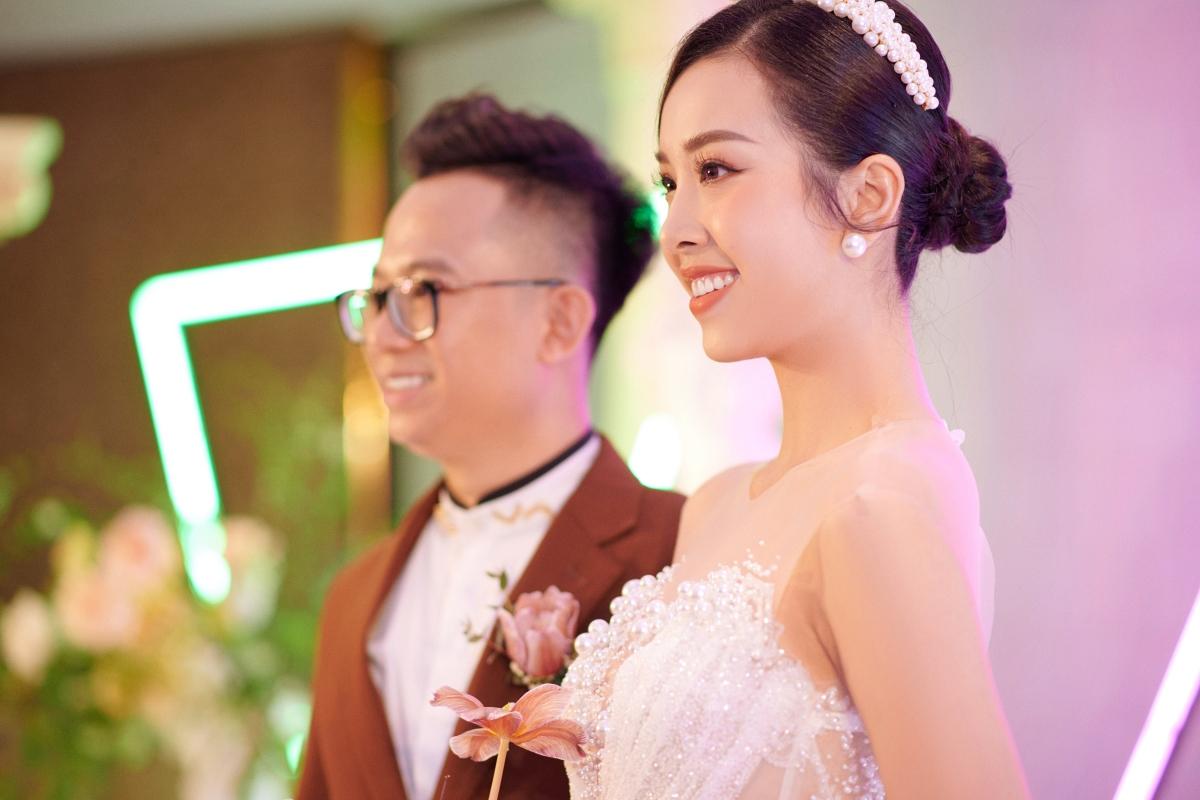 Thuý An và ông xã Ngọc Duy đã có khoảng thời gian yêu nhau hơn 3 năm trước khi đi đến quyết định kết hôn.