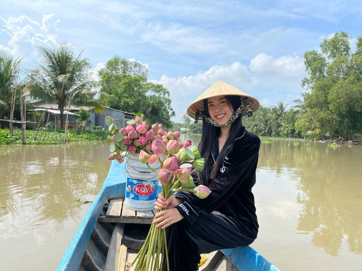 Theo như thông tin đã công bố trước đó, nàng hậu sẽ làm lễ ở hai nơi là quê nhà Kiên Giang và TP.HCM.