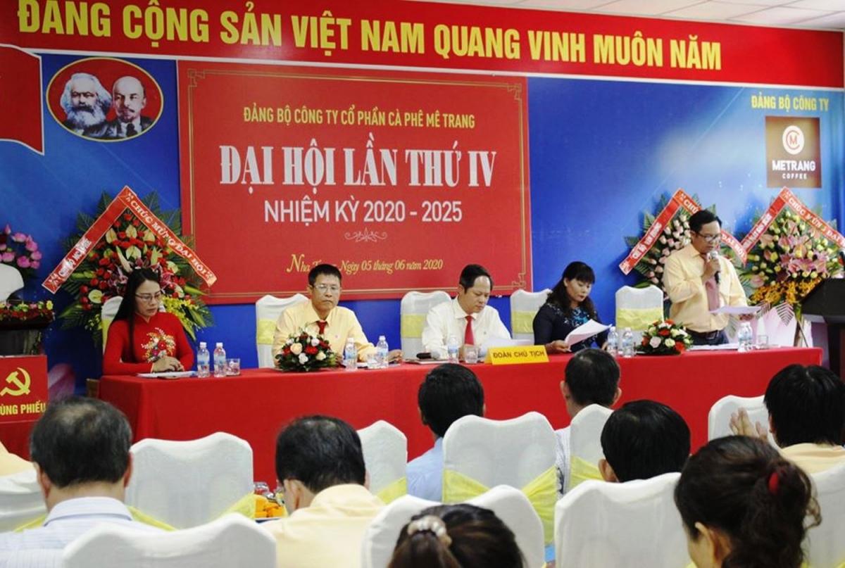 Đại hội Đảng bộ Công ty Cà phê Mê Trang, một doanh nghiệp tư nhân ở tỉnh Khánh Hòa.