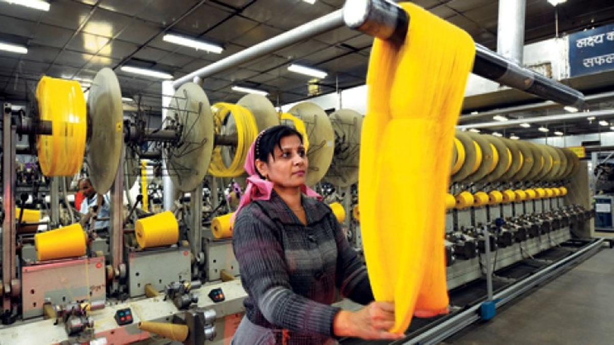Ngành dệt may của Ấn Độ đóng góp 7% giá trị sản lượng toàn ngành công nghiệp trong năm tài chính 2018-2019 và đóng góp khoảng 2% GDP của Ấn Độ. (Ảnh minh họa: Vietnamexport)