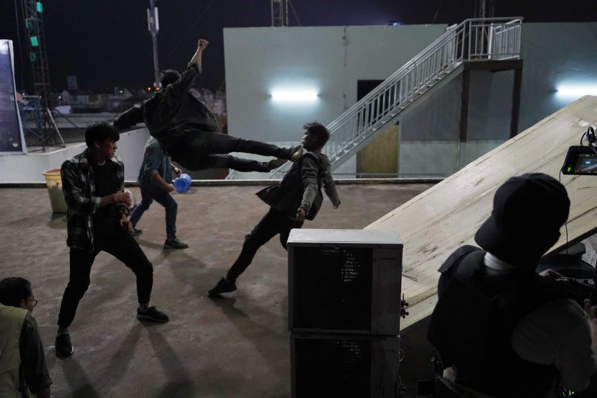 """Những cảnh hành động đã mắt trong """"Lật mặt: 48H""""."""