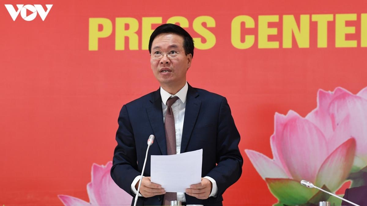 Ông Võ Văn Thưởng – Uỷ viên Bộ Chính trị, Bí thư Trung ương Đảng, Trưởng Ban Tuyên giáo Trung ương phát biểu tại cuộc họp báo trước khai mạc Đại hội XIII của Đảng.