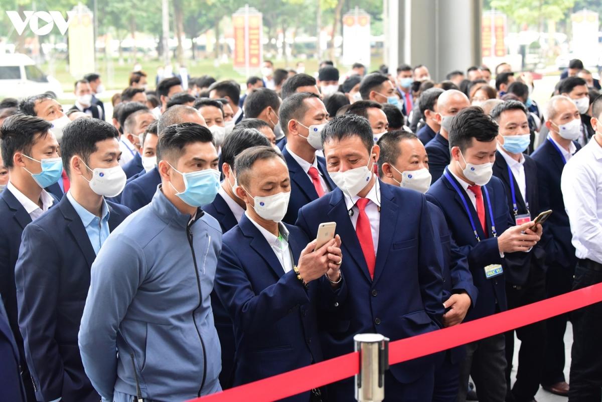 Dự kiến, trong buổi sáng 29/1 Ban tổ chức sẽ hoàn tất lấy mẫu xét nghiệm cho hàng nghìn người tham gia phục vụ Đại hội Đảng lần thứ XIII.