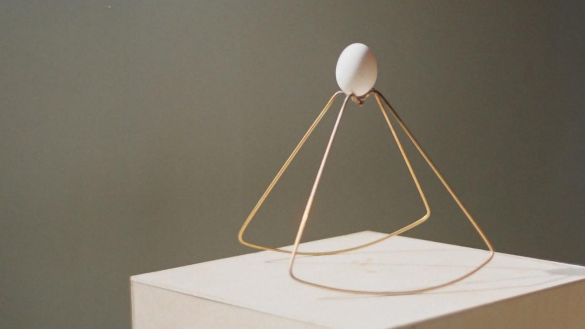 NTK Liang-Jung Chen vừa có buổi triển lãm thú vị tại Gallery Error22 ở Đài Nam, Đài Loan với những thiết kế tinh xảo chỉ dùng để... đựng trứng.