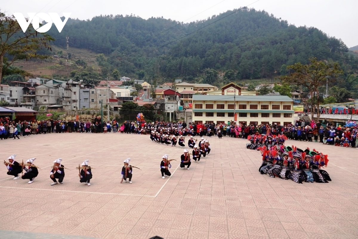 The local administration plans to hold the festival annually in order to celebrate the New Year.