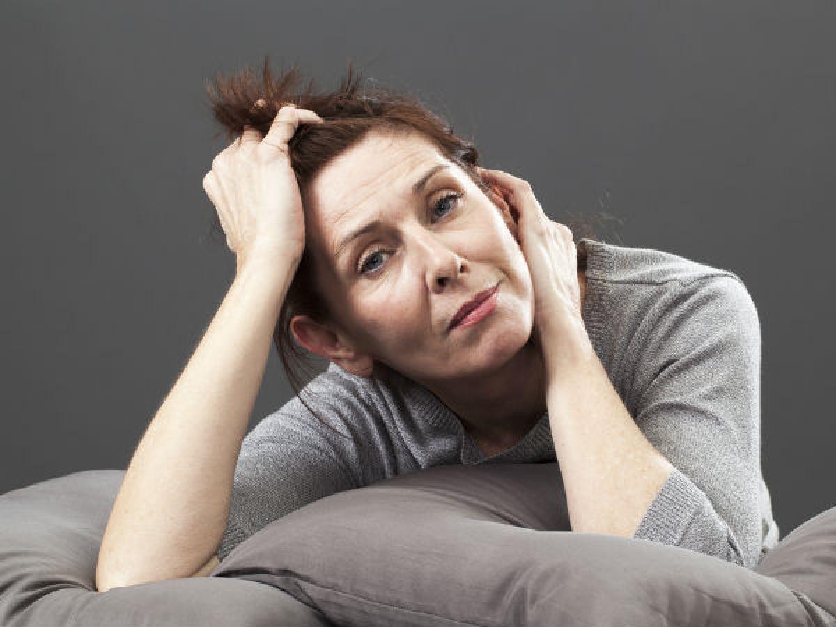 Các giai đoạn của thời kỳ mãn kinh: Các khảo sát cho thấy đến 80% phụ nữ ở độ tuổi mãn kinh đều gặp triệu chứng bốc hỏa, lo âu, ớn lạnh. Nghiên cứu cũng chỉ ra rằng triệu chứng bốc hỏa chủ yếu xuất hiện ở giai đoạn tiền mãn kinh.