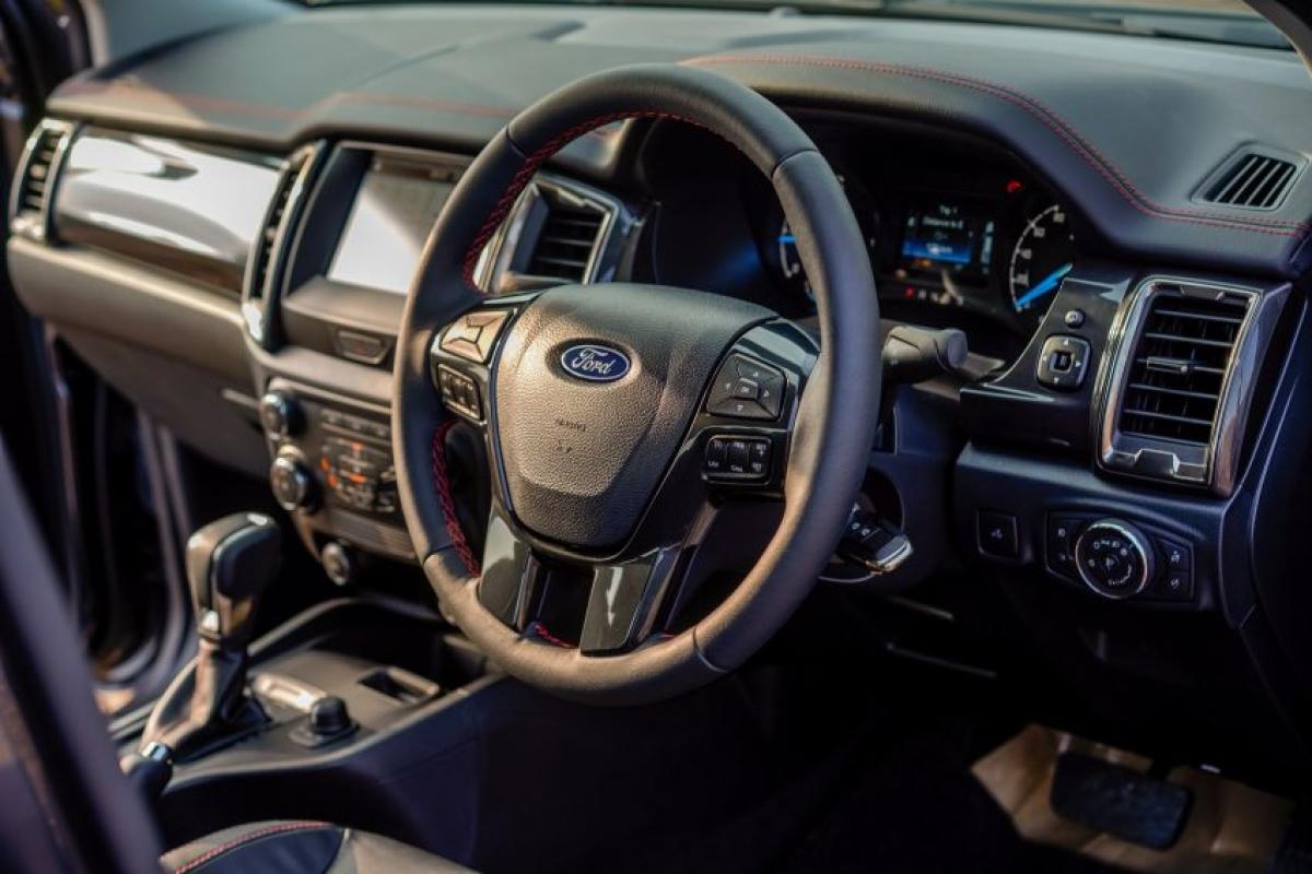 Theo Cục An toàn Giao thông Đường cao tốc Quốc gia Mỹ (NHTSA), Ford phải thu hồi 3 triệu xe có trang bị túi khí Takata phía người lái do bị lỗi.