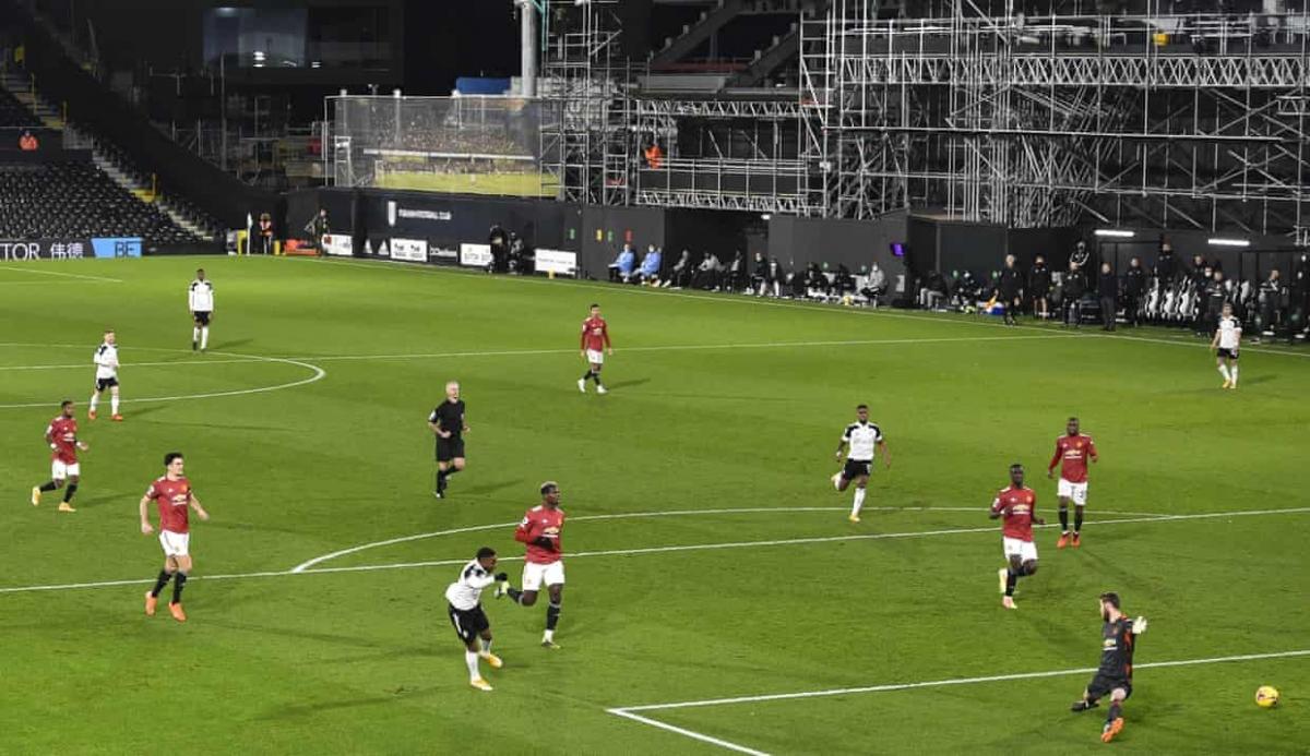 Lookman đưa Fulham vượt lên dẫn trước. (Ảnh: Getty)