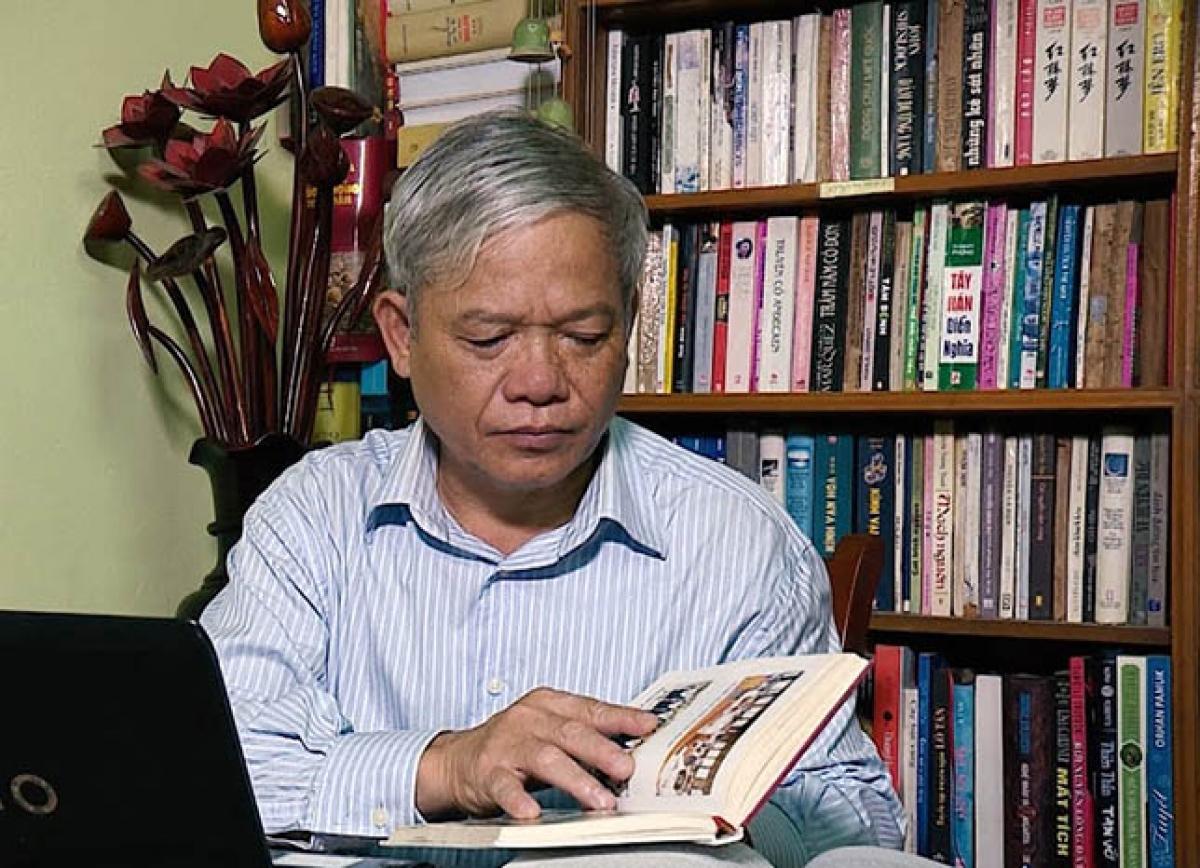 Nhà thơ Nguyễn Sĩ Đại.