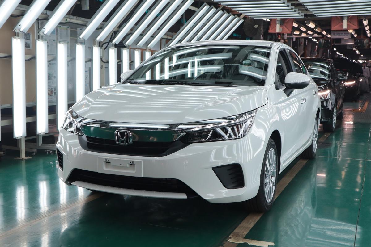Mẫu Honda City tại lễ xuất xưởng chiếc xe thứ 100.000 tại nhà máy ở Vĩnh Phúc.