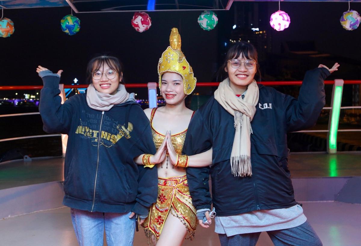 Từ nay đến cuối tháng 4 năm 2021, du khách đến Đà Nẵng sẽ được tặng tour du lịch miễn phí.