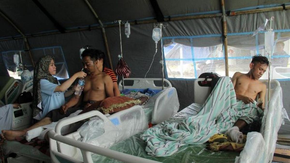 Những nạn nhân bị thương trong trận động đất. (Nguồn: CNN Indonesia).