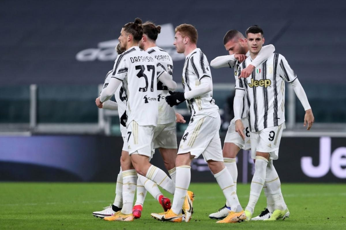 Morata khai màn cho bữa tiệc bàn thắng của Juventus (Ảnh: Getty).