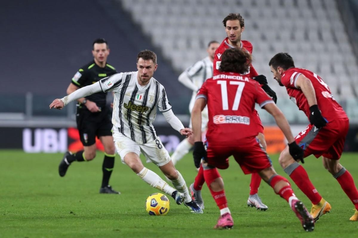 Juventus ra sân với đội hình gồm nhiều cầu thủ dự bị ở trận gặp SPAL (Ảnh: Getty).