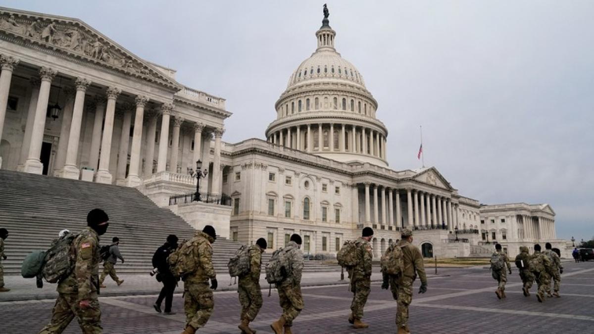Thắt chặt an ninh trước thềm lễ nhậm chức của ông Biden. Ảnh: Reuters